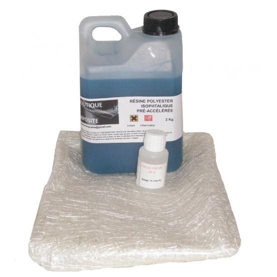 2kg de résine polyester + cata. + 2m2 de mat