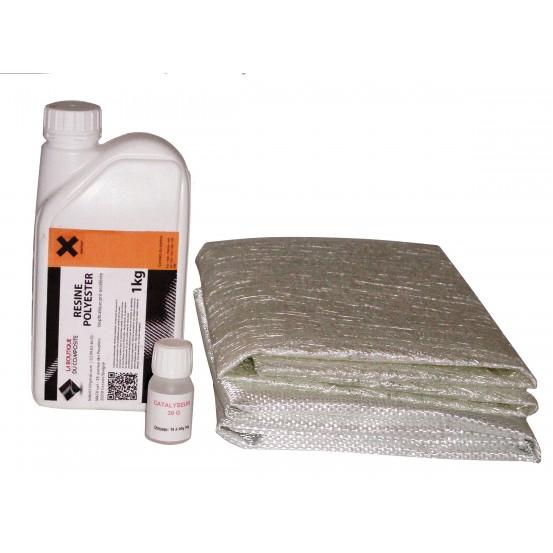 1kg de résine polyester + cata. + 1m2 de mat + 1m2 de roving.